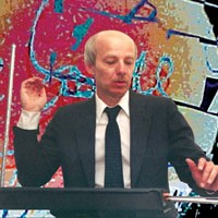 Theremin virtuoso Eric Ross visits The Warhol