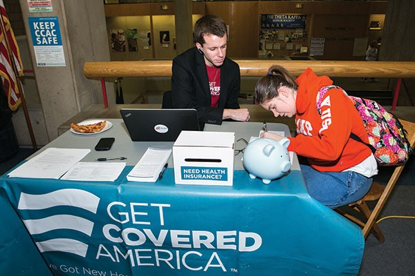 Grassroots campaign helps consumers find health-care plans before Feb. 15