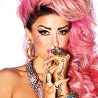 Neon Hitch leaves Warner Brothers, wants her fans to be her label