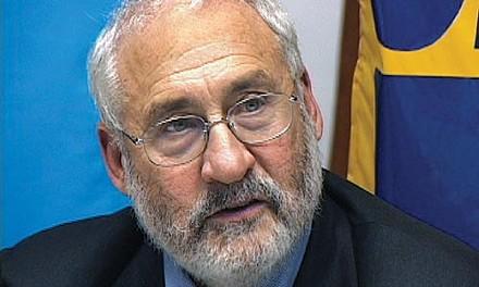 Joseph Stiglitz - CHRIS POTTER