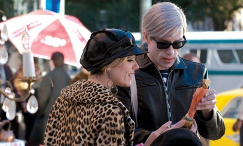Manhattan darlings Edie Sedgwick (Sienna Miller) and Andy Warhol (Guy Pearce) shop for the fabulous.