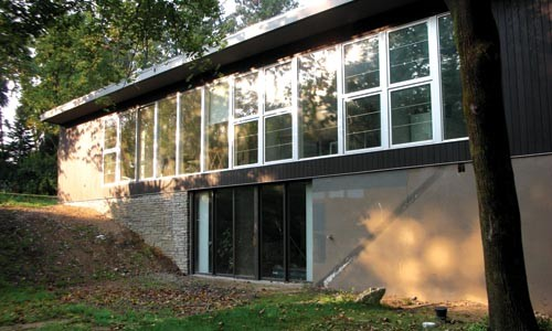 Mid-century modern: the house by John Knox Shear, in Fox Chapel. Photo courtesy Gerard Damiani, Studio d'Arc.