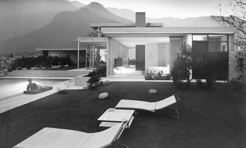 Moods for moderns: Julius Shulman's 1947 photo of Richard Neutra's Edgar Kaufmann House. - COURTESY OF JULIUS SHULMAN PHOTOGRAPHY ARCHIVE,  J. PAUL GETTY TRUST.