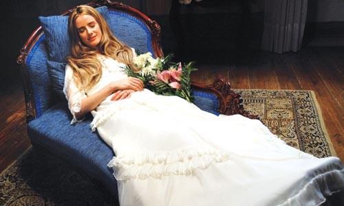 Not quite dead? Pilar Lpez de Ayala portrays Anglica