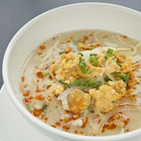 Royal Myanmar Ohn-No Kauk Swe chicken noodle soup with coconut milk Photo by Heather Mull