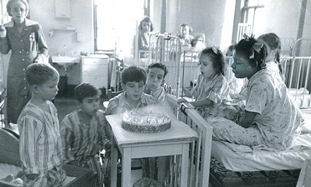 """""""Ordinariness"""": Esther Bubley's """"Birthday Children"""" (1951) - COURTESY OF CHILDREN'S HOSPITAL OF PITTSBURGH OF UPMC"""