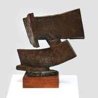 A retrospective by noted local sculptor Peter Calaboyias melds his Greek heritage and Modernist art.