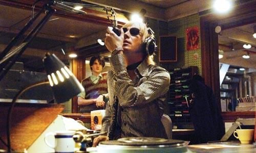 45_pirate_radio.jpg