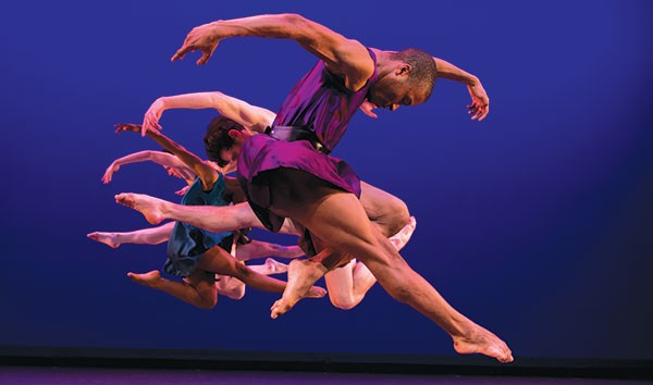 Point Park dancers perform Grand Duo