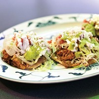 Roasted-pork <i>sopes</i>