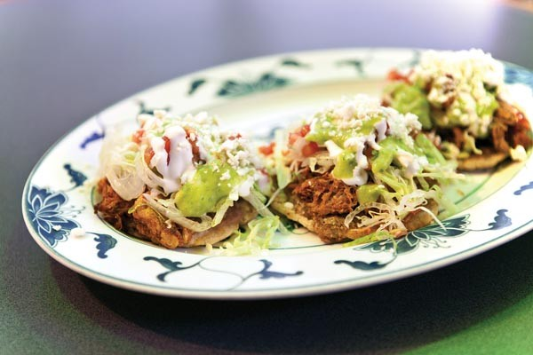Roasted-pork sopes