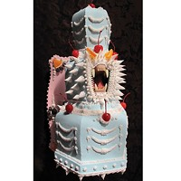 Scott Hove's luscious cake sculptures have teeth — and jaws