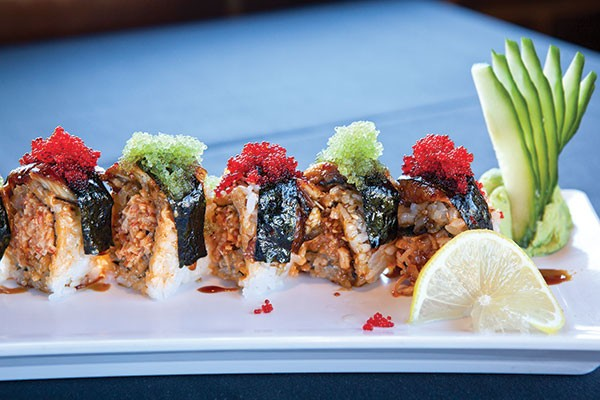 Spicy crab-and-eel roll at Kasai