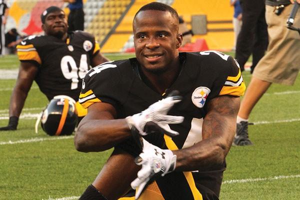 Steelers cornerback Ike Taylor
