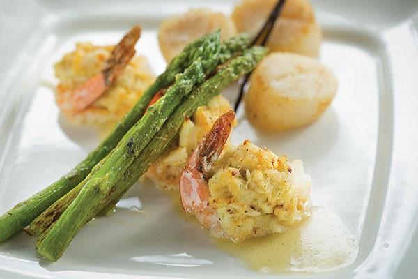 Tahitian vanilla-bean shrimp and scallops