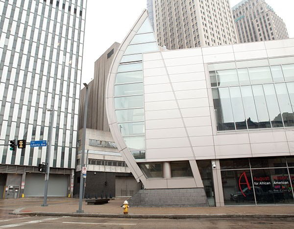 The Pittsburgh Foundation has made a bid to take over the financially distressed August Wilson Center.