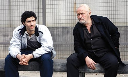 The punk meets the godfather: Malik (Tahar Rahim) and Csar (Niels Arestrup)