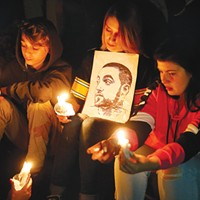 Mac Miller fans at the candlelight vigil in Blue Slide Park on Tue., Sept. 11