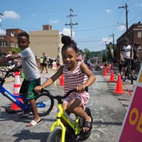 Photo essay: Pittsburghers enjoy car-free streets during OpenStreetsPGH