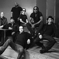 Dave Matthews Band's Boyd Tinsley talks about longevity, playing Pittsburgh and the group's 25th anniversary