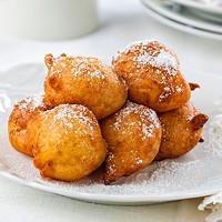 Fried dough rises to the top with these banana fritters