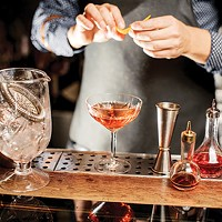 Do your best drinking out: Tips from a bartender