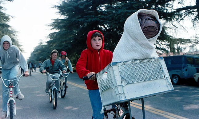 E.T. The Extra-Terrestrial - UNIVERSAL STUDIOS