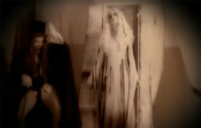 SCREENCAP FROM WHITE ZOMBIE'S VIDEO FOR  LIVING DEAD GIRL