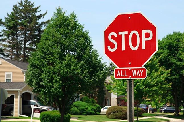 jag-stop-sign-06.jpg