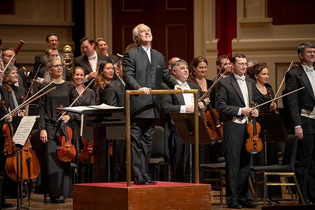 Manfred Honeck and the Pittsburgh Symphony Orchestra - PHOTO: ED DEARMITT, PITTSBURGH SYMPHONY ORCHESTRA