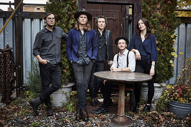 The Lumineers - DANNY CLINCH