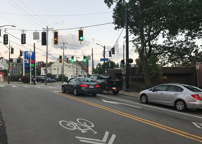 New traffic signals at 40th Street and Penn Avenue in Pittsburgh - CP PHOTO: RYAN DETO
