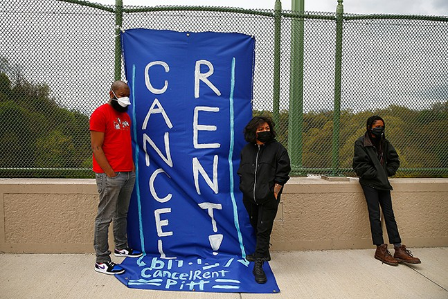 May 1 protest on the Greenfield Bridge in Pittsburgh demanding a nationwide rent freeze amidst the COVID-19 pandemic - CP PHOTO: JARED WICKERHAM