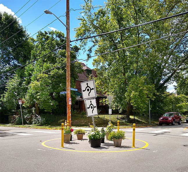 A traffic-circle in Highland Park meant to slow drivers down and make the street safer for bikers and pedestrians - CP PHOTO: ABBIE ADAMS