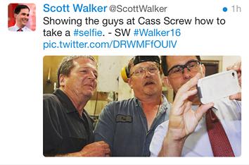 tweet_walker_selfie.png