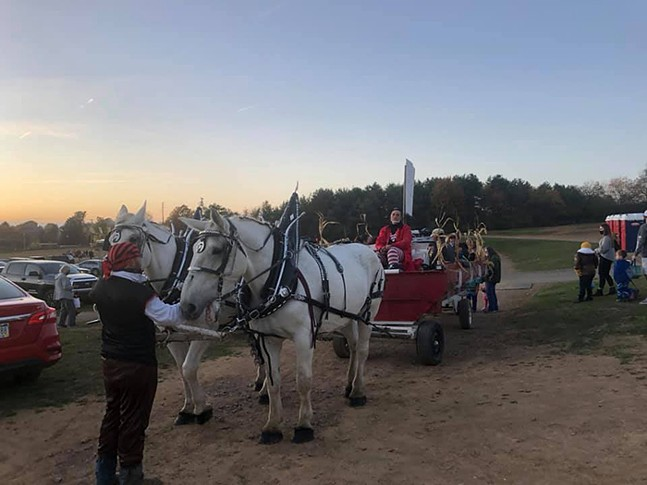 Carriage rides at Starlite's Fifth Annual Christmas at the Drive-In - PHOTO: STARLITE DRIVE-IN
