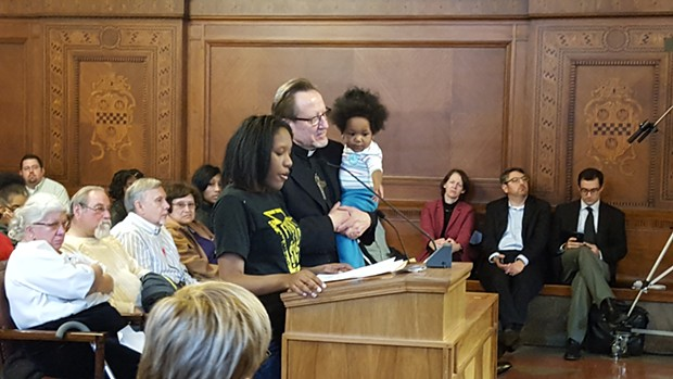 Aseia Glover testifies before Pittsburgh City Council. - PHOTO BY REBECCA NUTTALL