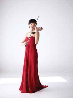 Jennifer Koh at the Pittsburgh Symphony Orchestra, Feb. 27 - PHOTO COURTESY OF JUERGEN FRANK