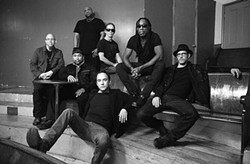 Boyd Tinsley, second from right - COURTESY RCA