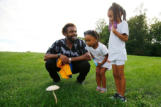 Terry Jones and his daughters Channing, 4, and Aeris, 6 - CP PHOTO: JARED WICKERHAM