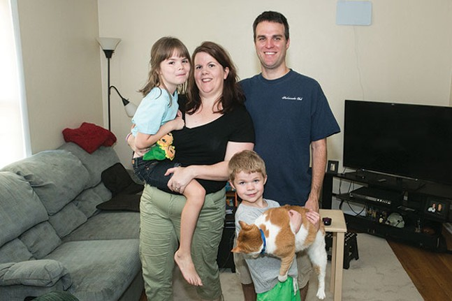 Chessie Dye, left, with her family - CP PHOTO BY JOHN COLOMBO