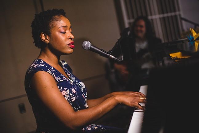 Joy Ike in Concert