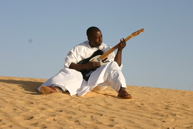 vieux_farka_toure_photo_by_lassi_kone.jpg