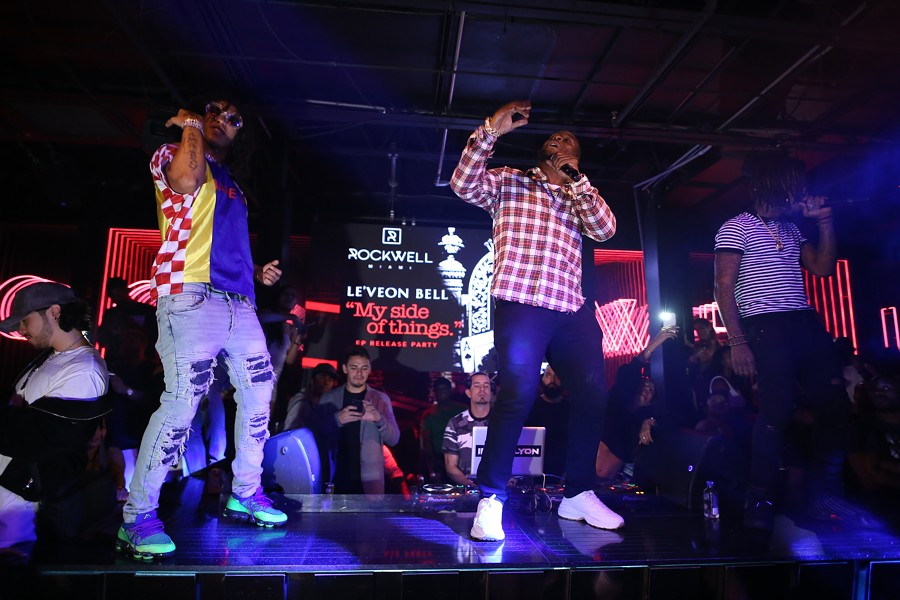 """Le'Veon Bell performing at """"My Side of Things"""" EP-release party at Rockwell Nightclub in Miami Beach on Mon., Sept. 17, 2018 - PHOTO: SETH BROWARNIK/WORLDREDEYE.COM"""