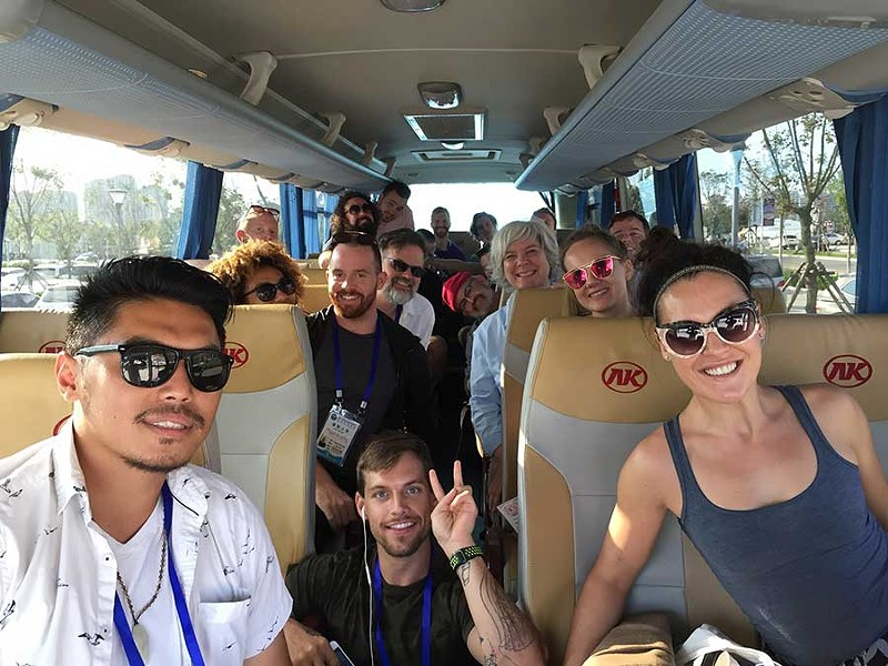 08-bus-group.jpg