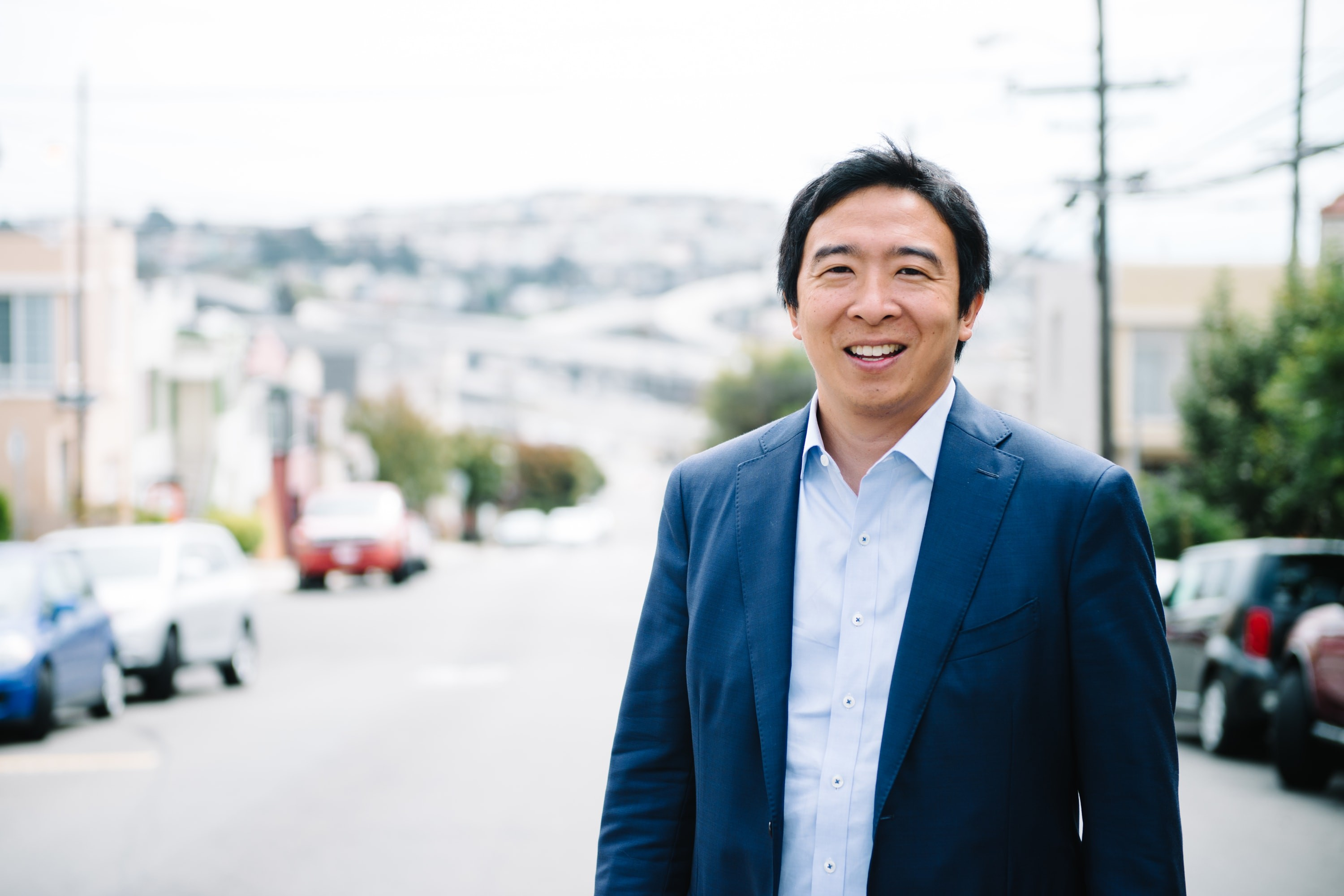 Presidential hopeful Andrew Yang wants to give voters $1,000 a month