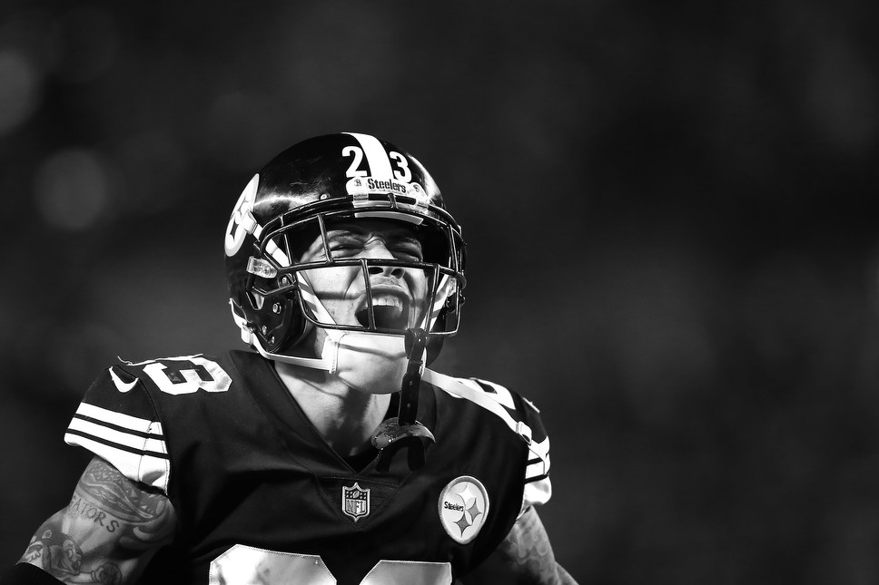 95cfa8a3d click to enlarge Joe Haden let it out after the defense ended the game for  the Steelers. -. CP Photo  Jared Wickerham ...
