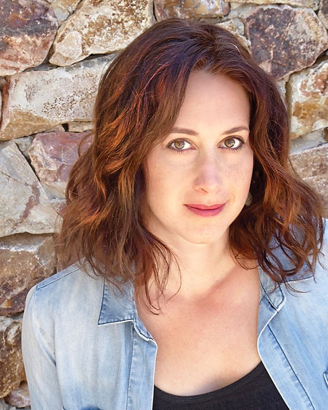 Lindsay Joelle will appear at the reading of The Garbologists
