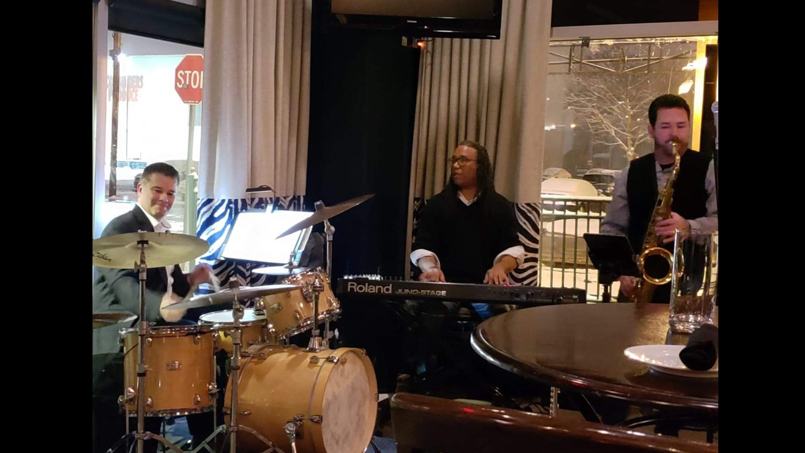 The Rich Zabinski Trio | Backstage Bar at Theatre Square