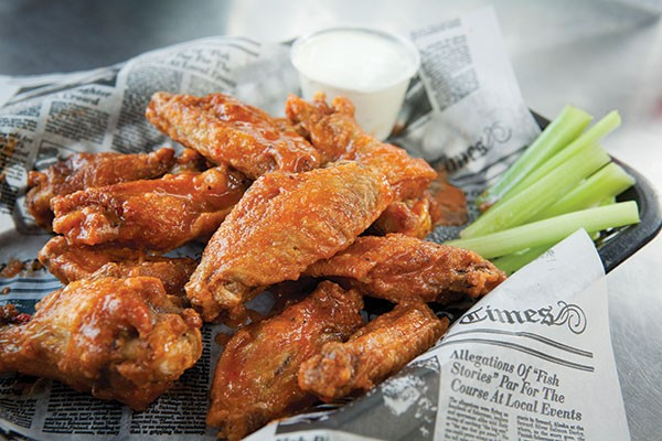 Wings at Nox's Tavern and Grille - PHOTO BY HEATHER MULL